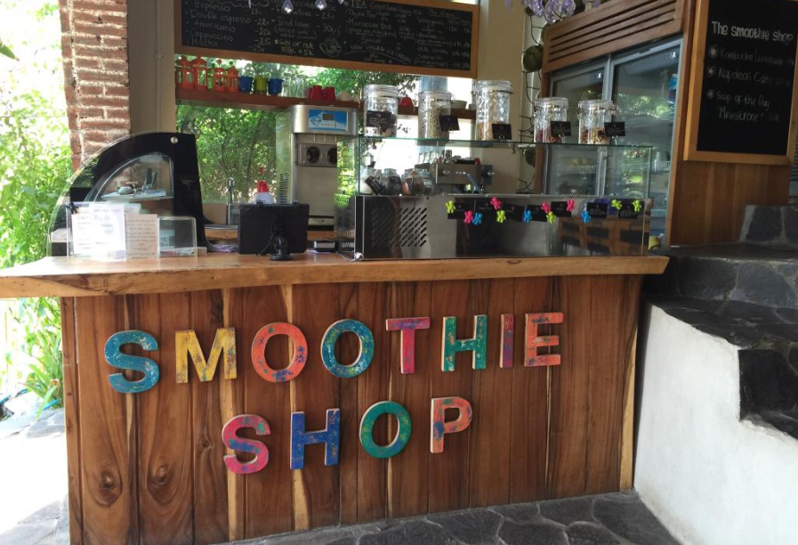 The Smoothie Shop Cafe