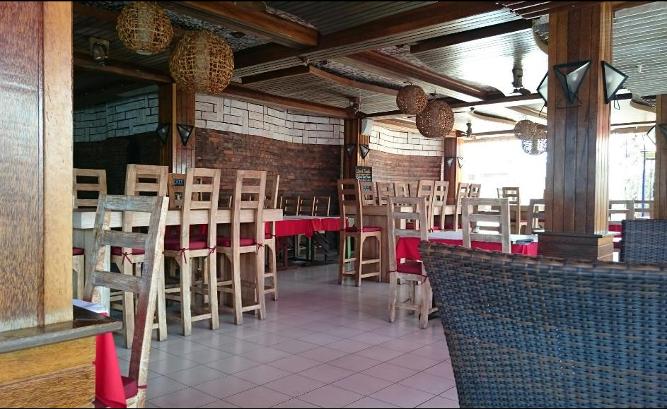 La Monde Restaurant