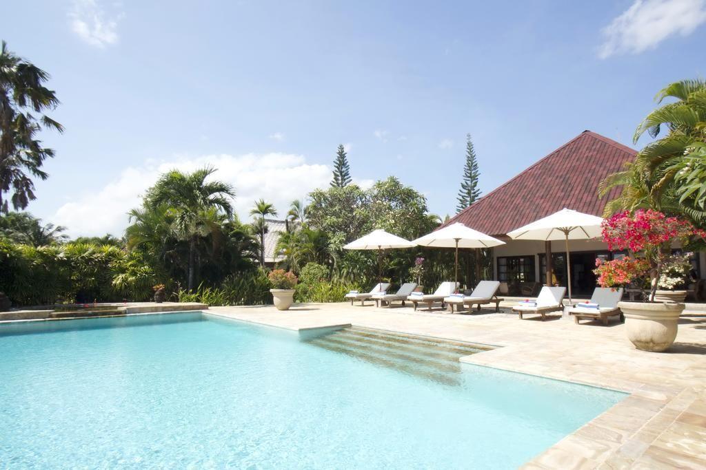 Villa Taman Indah