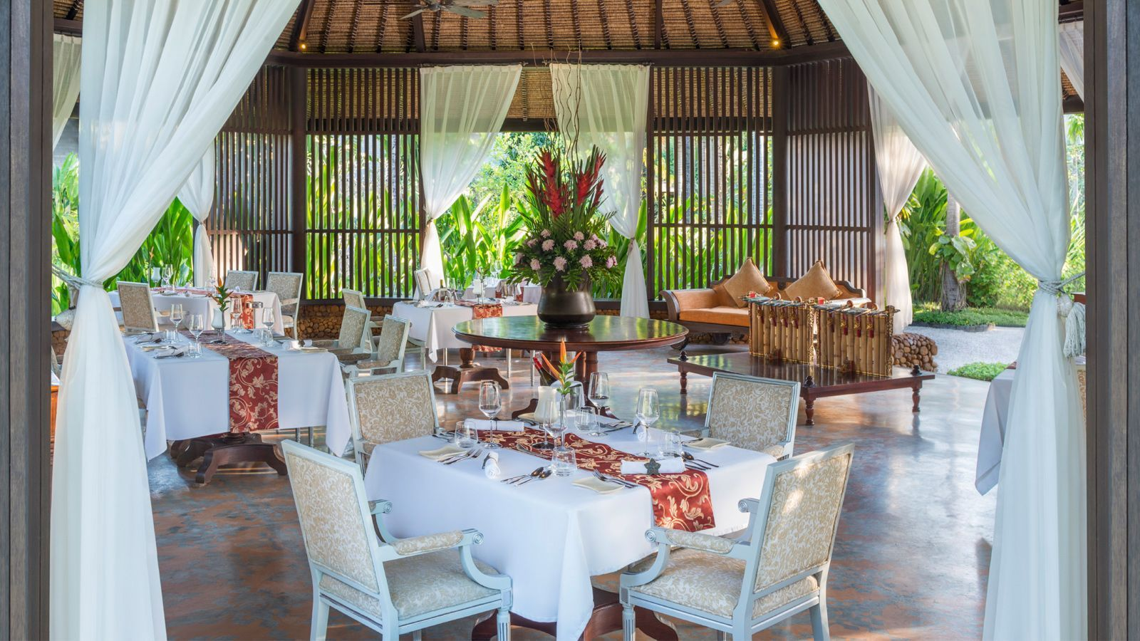 Dulang Restaurant At St. Regis Bali Resort