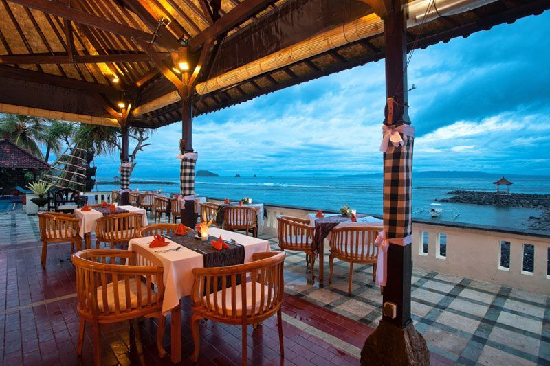 Lezat Beach Restaurant