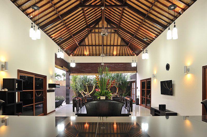 Pulau Tenang Bali Villas